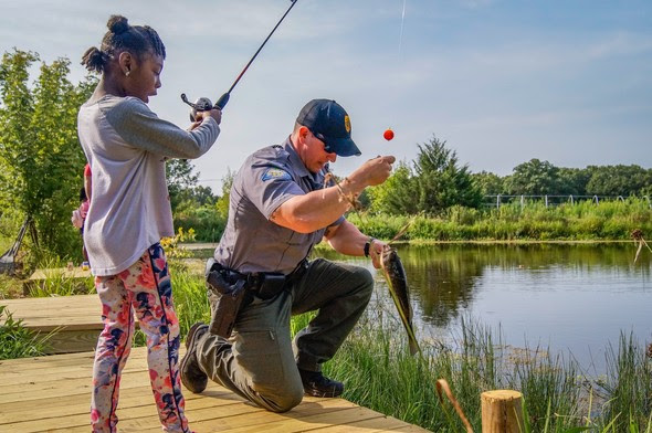 Read more about the article Missouri Offers Family Fishing Workshops
