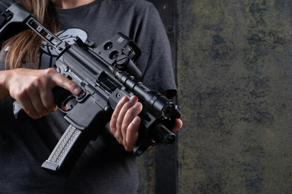 Read more about the article EOTECH's Compact XPS2 Holographic Weapon Sight